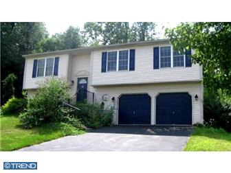 Photo of 4382 Hillside Road, Reading, PA 19606