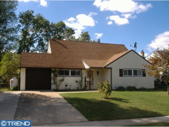 Photo of 19 Downhill Road, Levittown PA