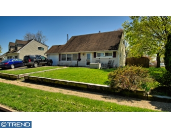 Photo of 2 Crown Road, Levittown PA