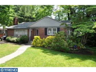 Photo of 855 Longwood Circle, Haddonfield NJ