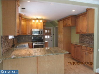 Photo of 1004 Lindale Avenue, Drexel Hill PA