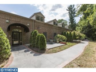 Photo of 426 W Laurel Avenue 4, Cheltenham PA