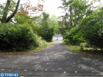Photo of 832 S Surrey Drive, Lower Gwynedd PA
