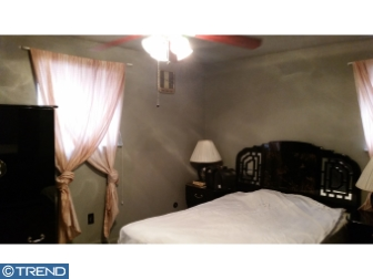 Photo of 1034 Standish Drive, Turnersville NJ
